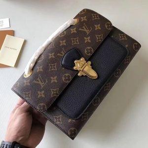 Handbags - LV $499